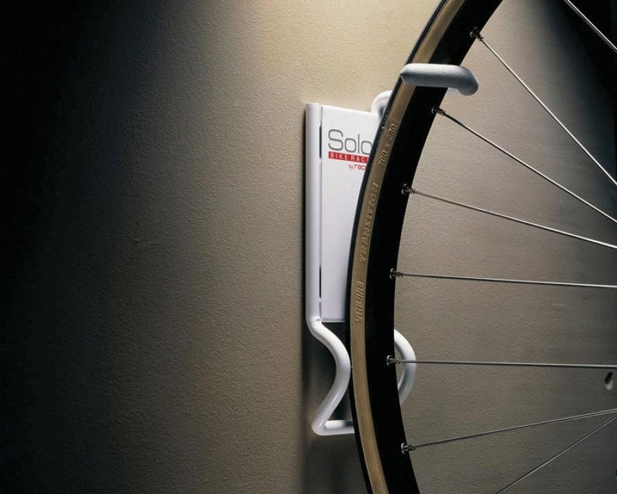 Solo bicycle rack