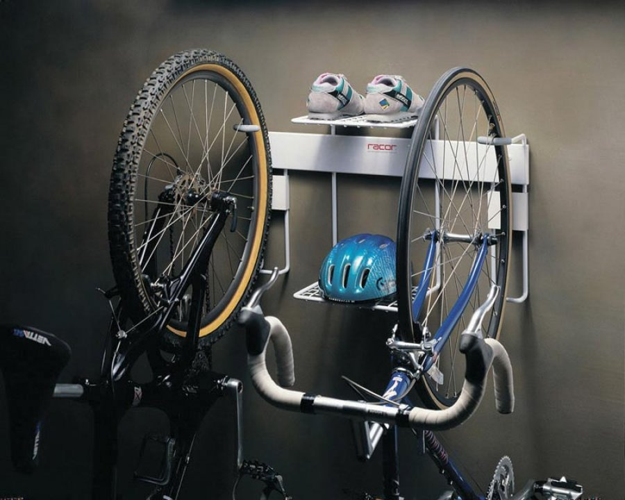 Bicycle storage rack